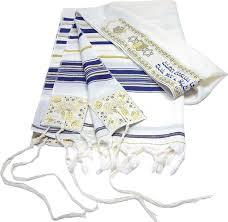 """Parshat Shelach – """"Strings Attached"""""""